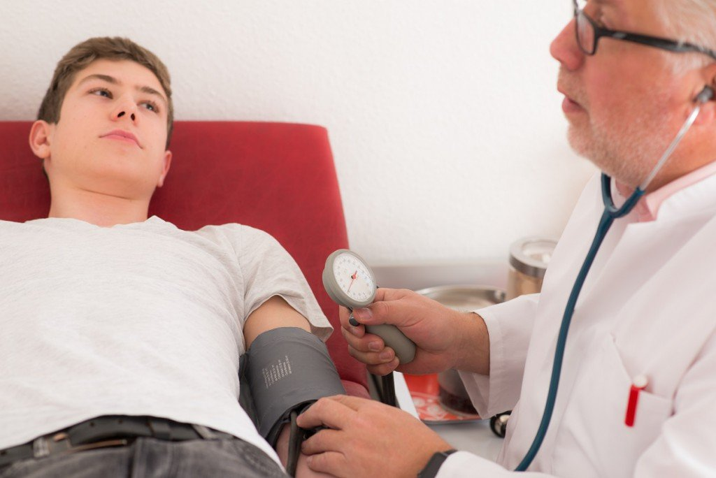 Study: Slightly elevated blood pressure values below 40 can cause brain damage!