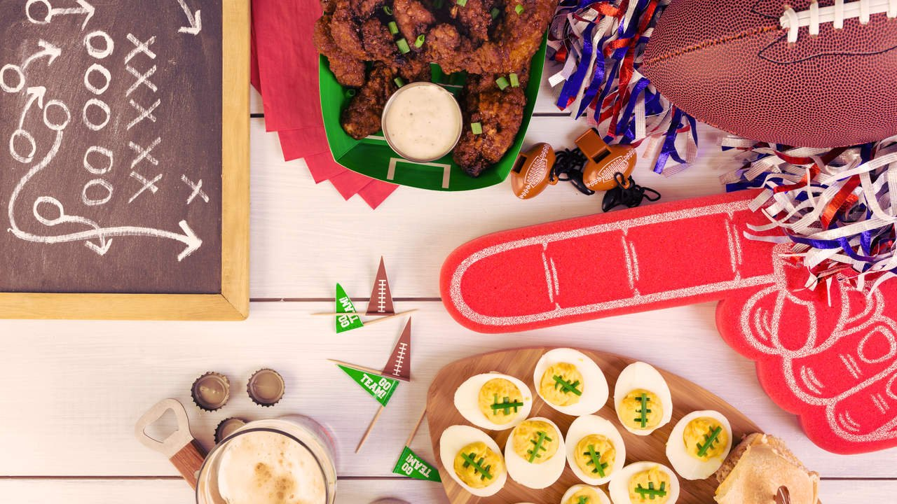 7 Keto Super Bowl Recipes Perfect for a Low-Carb Game Day
