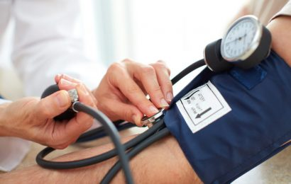 Important for high blood pressure: the second blood pressure value measured is always!