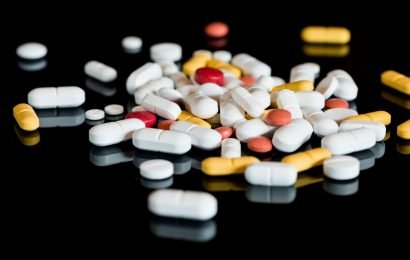 Research: Not only antibiotics, but well, every fourth drug destroys the intestinal flora