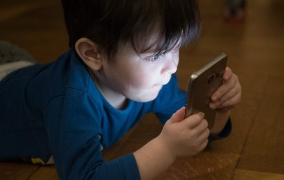 Wake up call on pre-teen mobile phone use at night