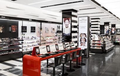 Increasingly Experimental Sephora Introduces Credit Card Program