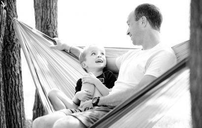 Kids report good relationships with dads who took parental leave years ago