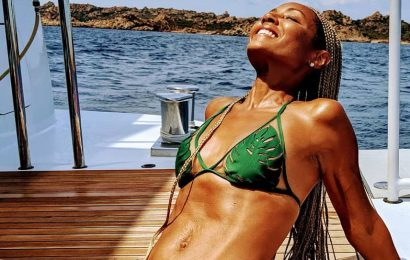 Jada Pinkett-Smith's Abs Look Ridiculously Toned In New Bikini Instagram