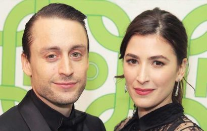 Babymoon! Kieran Culkin, Pregnant Wife Jazz Charton Enjoy Beach Vacation