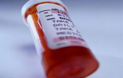 CDC: Prescription drug use similar in united states, canada