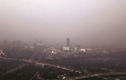 Air quality plunges to 'severe'; Here's how to protect yourself from smog