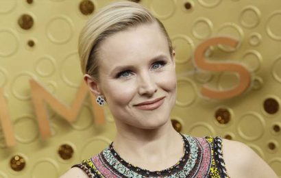 Watch Kristen Bell Try to Keep a Straight Face While Daughter Sings Lizzo