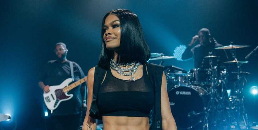 Teyana Taylor's Abs Look Like A Literal Washboard, And I'm In Awe