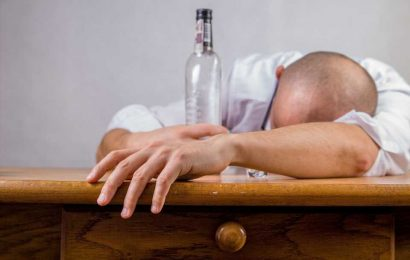 Doctor urges alcohol moderation during pandemic to maintain a healthy immune system