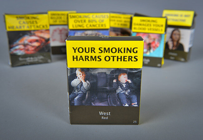 Smokers turned off by plain packs, survey shows