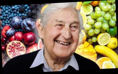 How to live longer – the 50p fruit to prevent early death and lower cholesterol