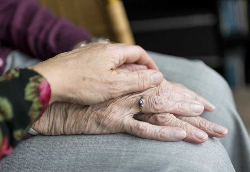 'Remarkably high' rate of suicide among elderly patients after hip fracture