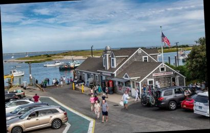 60 People Exposed to Coronavirus at Cape Cod House Party