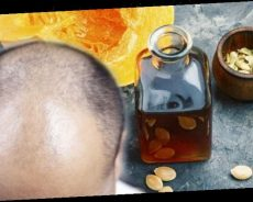 Hair loss treatment: Pumpkin seed oil has a positive anabolic effect to increase hair grow