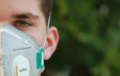 Fresh vaccine hope as world tops 10,000 daily virus deaths