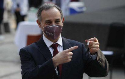 Mexico's coronavirus czar faces backlash after beach trip