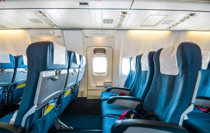 Blocking middle seats on planes reduces risk of COVID-19 spread: CDC