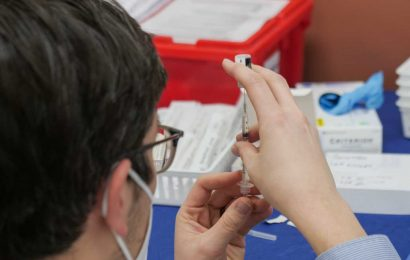 No evidence yet that adenovirus vaccine technology causing blood clots