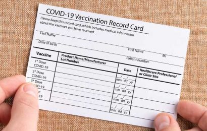 Don't Post Photos Of Your COVID-19 Vaccine Card. Here's Why