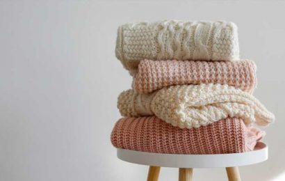 Here's How To Save A Sweater With A Loose Thread