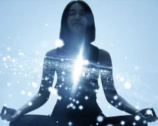 Here's What You Need To Know Before Using Crystals For Meditation