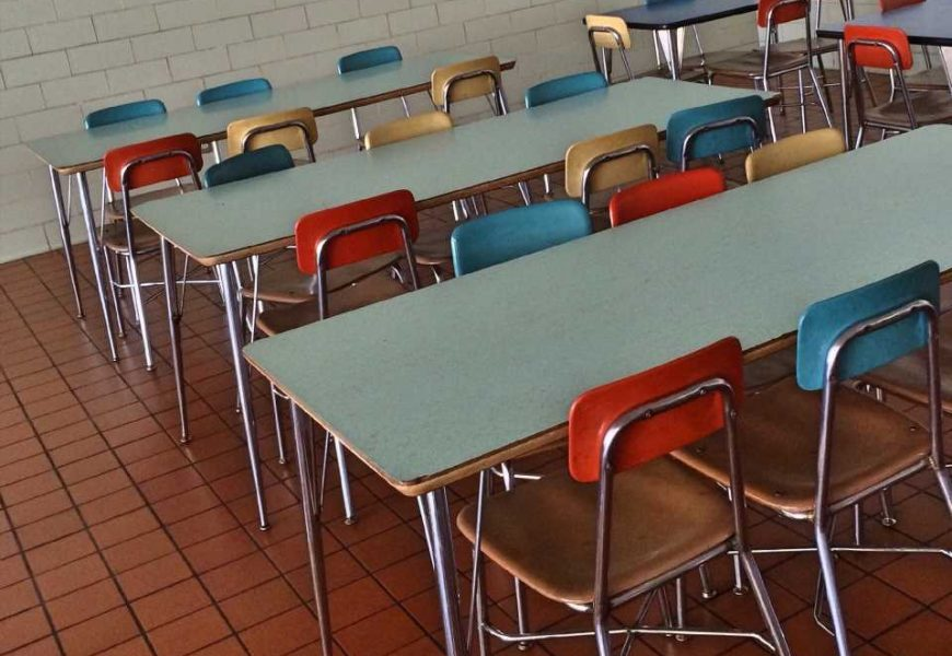 New guidelines for schools recommend against food bans