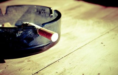 Genetic risks for nicotine dependence span a range of traits and diseases
