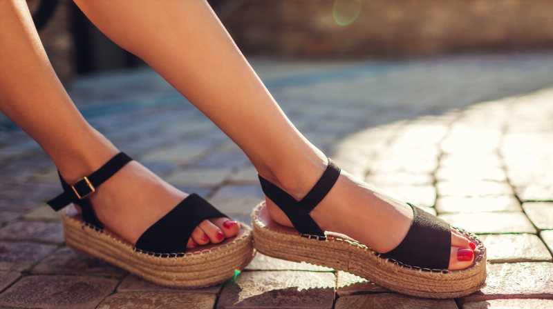 Dont Forget To Do This When Wearing Sandals This Summer