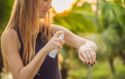 Should You Apply Bug Repellent Or Sunscreen First?