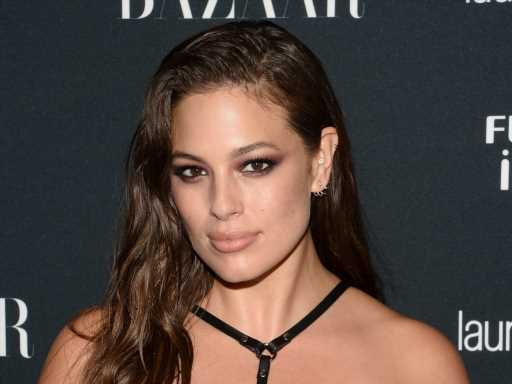 Ashley Graham Calls Parents of Multiples 'My Heroes' as She Prepares for Twins